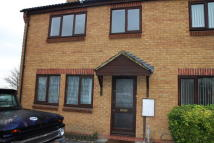 3 bed semi detached property to rent in Pipers Close...