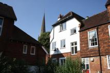 2 bed Flat to rent in St Martins Mews, Dorking...