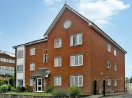 Flat to rent in Christchurch Heights...