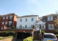 Flat to rent in Townfield Court...