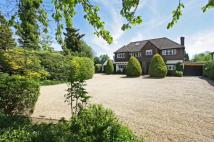 Detached property in Lodge Lane, Salfords, RH1