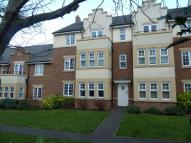 Flat in The Hawthorns, Flitwick...