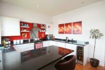 2 bedroom Apartment in Felixstowe Court...