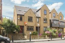 4 bed home in Westferry Road...