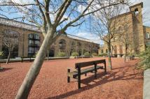 Flat to rent in Close to Canary Wharf