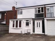3 bed Terraced home to rent in Floral Drive...