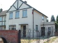 4 bed semi detached property in Nine Elms Avenue...