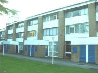 Flat to rent in Farnham Road, Slough, SL2