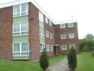 Flat to rent in Bembridge Gardens...