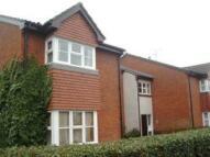 Studio apartment to rent in Clarkes Drive, Uxbridge...