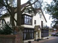 2 bed Apartment in Hillbury Road, Warlingham
