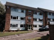 2 bed Apartment in Tupwood Lane, Caterham