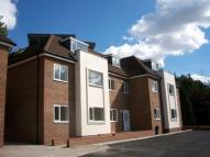 Flat to rent in Purley
