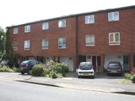 3 bed house in Cherry Close, Ealing