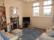 3 bedroom Flat to rent in Leamington Park, Acton