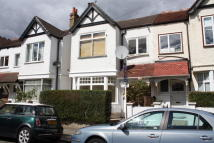 Flat to rent in Grafton Road, Acton