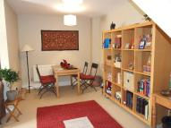 1 bed Flat in Godolphin Place, Acton