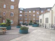 Coopers Court Flat to rent