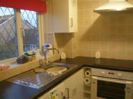 Flat to rent in HEATHFEILD DRIVE, MITCHAM