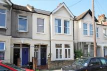2 bed Maisonette in COLLEGE ROAD...
