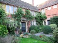 property to rent in The Midlands, Holt