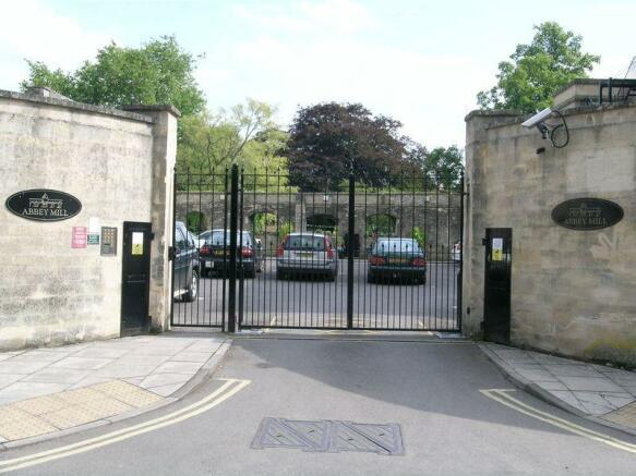 Secure Gated E...