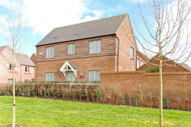 3 bedroom detached house for sale in Fair Isle View, Oakridge Park ...