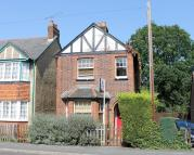 2 bedroom property in 2 bedroom Detached House...