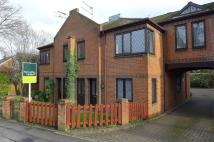 2 bed Ground Flat in 125 Crookham Road...