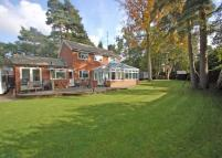 4 bed Detached property for sale in FLEET