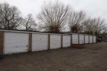 Garage to rent in Winthrop Road...