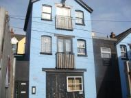 Studio flat to rent in Princess Alley...