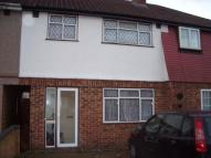 3 bedroom semi detached home to rent in Ashford Avenue, Hayes...
