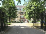 2 bed Apartment in Heathcote Road, Camberley