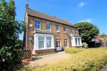 Maisonette to rent in Thetford Road, ASHFORD...