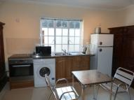2 bed Ground Flat in RENT INCLUDES ALL BILLS!...