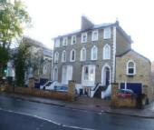 2 bedroom Apartment to rent in Well presented very...