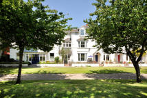 Terraced property in The Avenue, Hythe, CT21