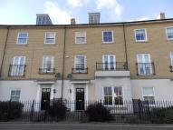 4 bedroom Town House in Bonny Crescent