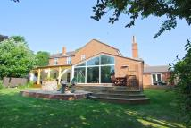 5 bedroom Detached property for sale in Station Road, Brough...