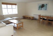 Flat to rent in TO LET   Woodside Park...