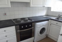 Flat to rent in TO LET  New Barnet  EN5
