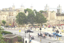 Apartment to rent in TO LET  Tower Bridge EC3N