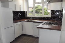 1 bed Apartment to rent in TO LET  Friern Barnet N11