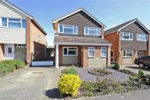 3 bed Detached home in Vicarage Close...