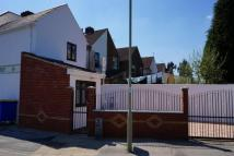 property to rent in Lower Newport Road, Aldershot, GU12