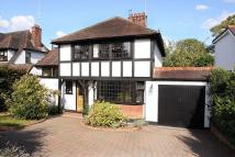 4 bed Detached property in Roebuck Lane...