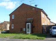 1 bedroom semi detached property in Merleburgh Drive , ...