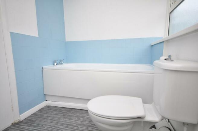 garfield bathroom