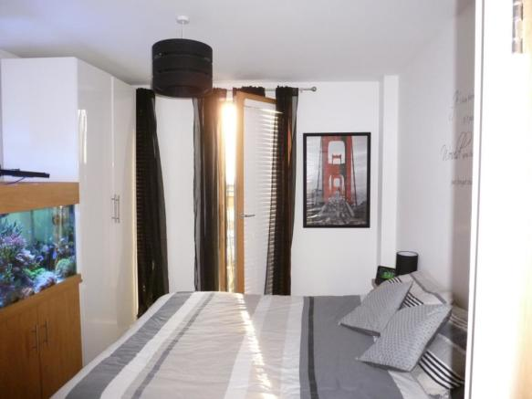 66 the wharf bedroom